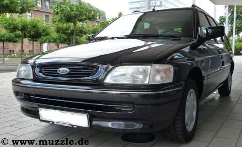 Ford escort turnier kofferraum volumen